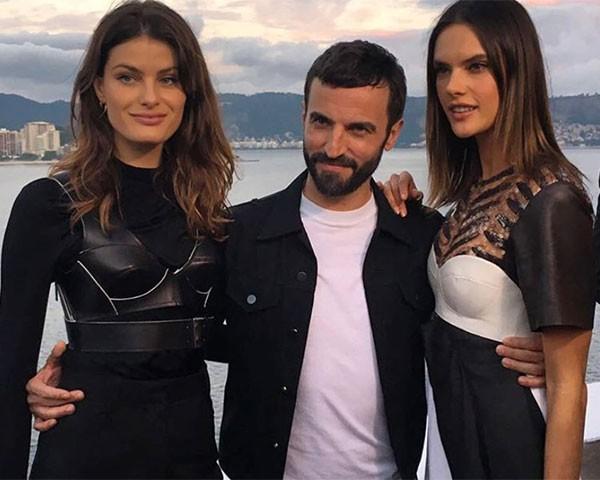 Isabeli Fontana, Nicolas Ghesquière e Alessandra Ambrosio (Foto: Reprodução Instagram)