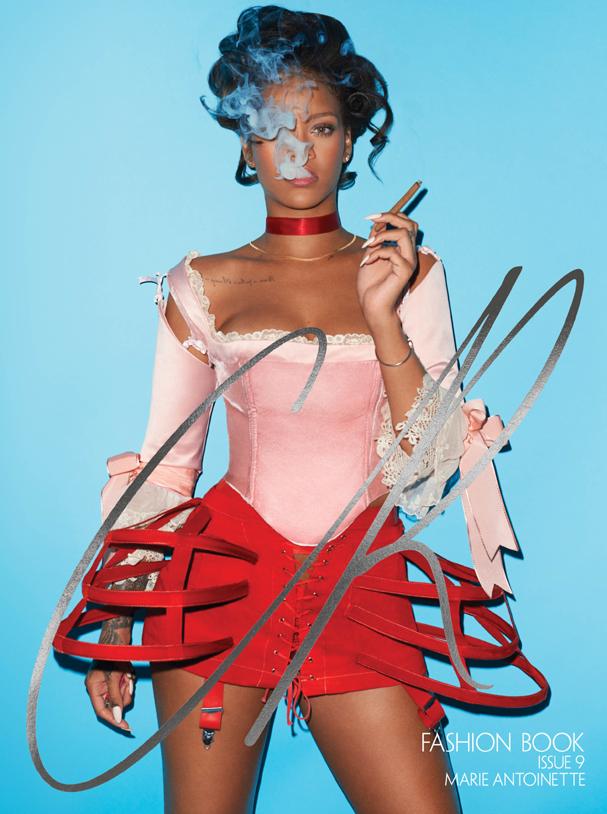 Rihanna na capa da edição 9 da CR Fashion Book (Foto: Divulgação)