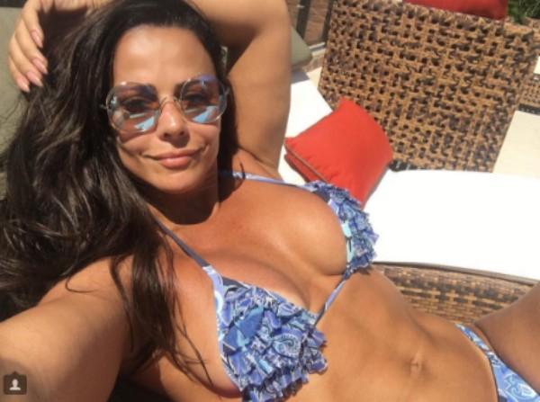 Viviane Araújo (Foto: Reprodução / Instagram)
